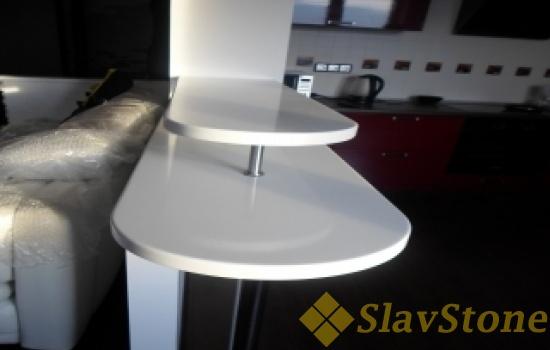 Барная стойка из искусственного камня Staron Solid BW010